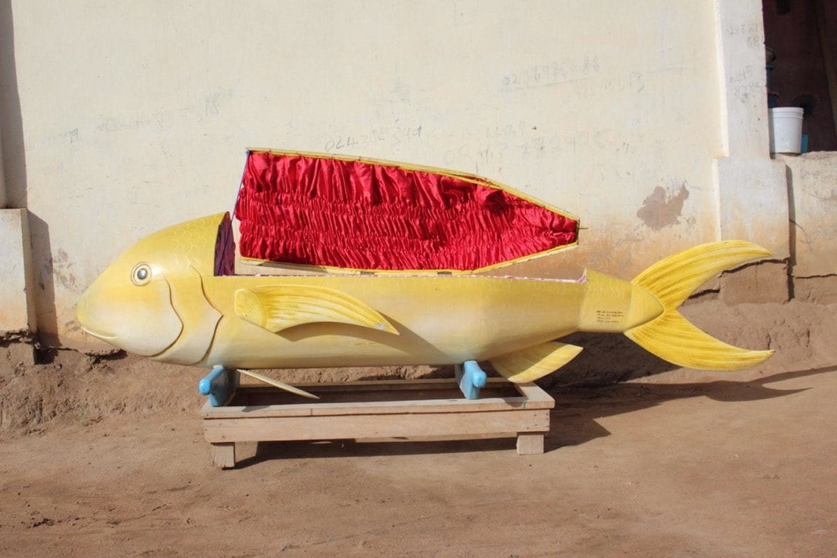 Paa Joe, Coffins, coffin sculpture, picture, ghana